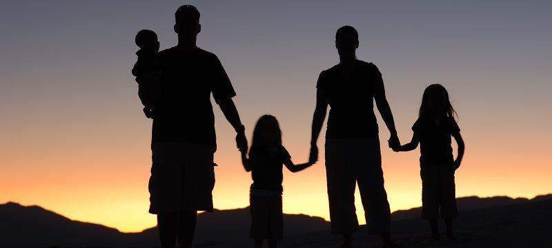 Familie Eltern Kinder