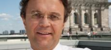 Hans-Peter Friedrich verteidigt Aussetzung der Wehrpflicht