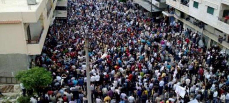 Über 500.000 protestieren gegen Assad