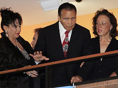 Familie und Freunde feiern Muhammad Alis 70. Geburtstag