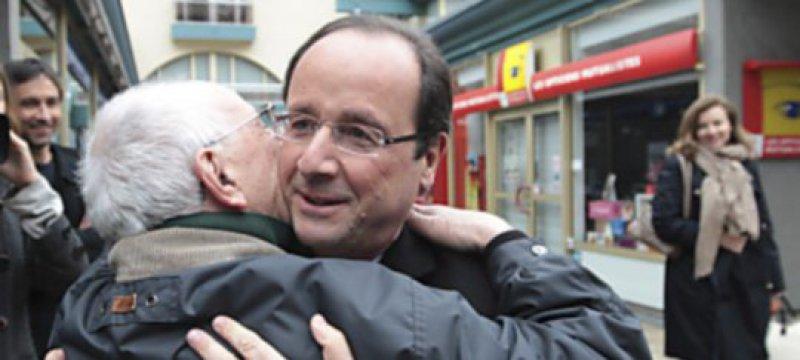 Hollande gewinnt erste Runde