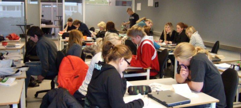 Schüler in Klassenraum