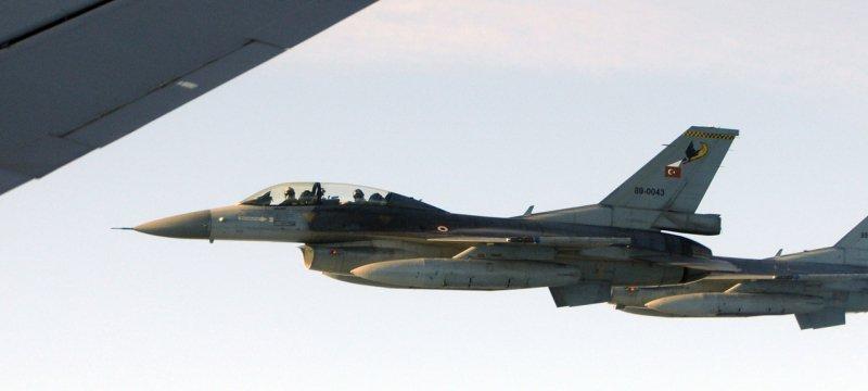 Kampfflugzeuge vom Typ F-16