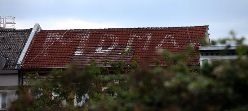 MDMA-Schriftzug auf Haus am Görlitzer Park