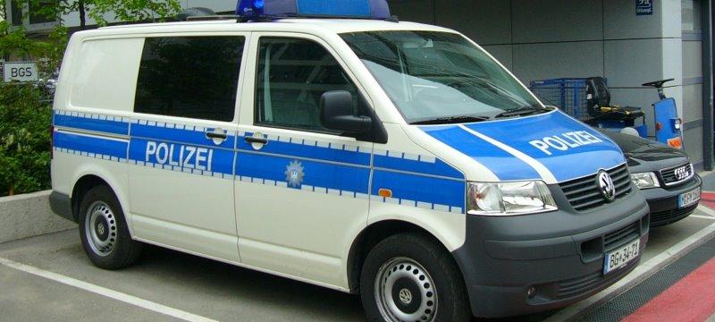 Polizei Kastenwagen