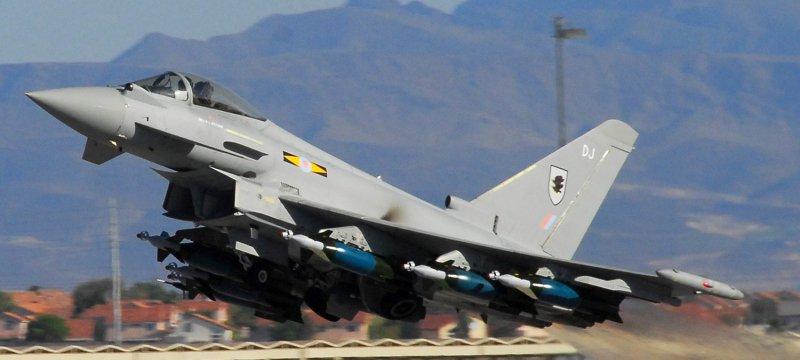 Britisches Kampfflugzeug Eurofighter Typhoon