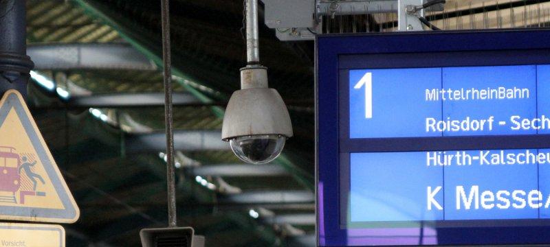 Überwachungskamera am Bonner Hauptbahnhof