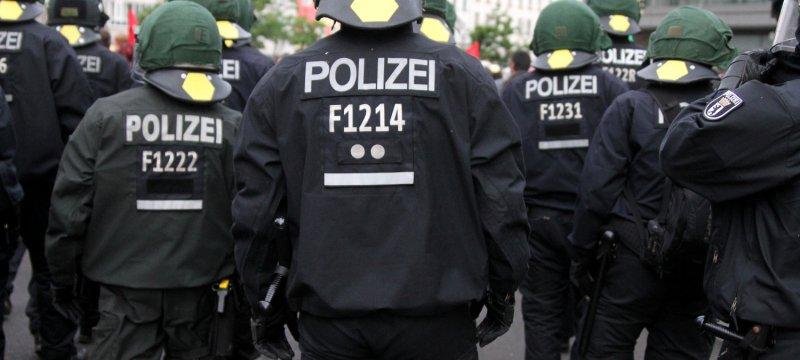 Polizei bei einer Demo